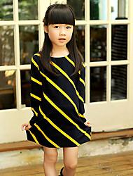 Stripes vestito della ragazza