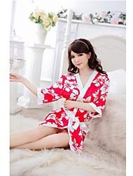 Camisa de dormir atractiva Uniforme japonés de la señora