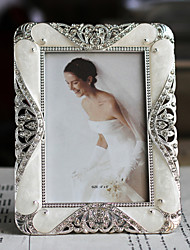 Modern Style Floral Polyresin Picture Frame