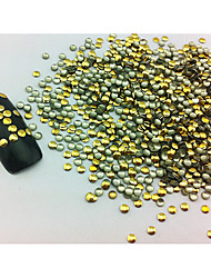 100PCS 2x2mm Round Punk Golden Rivet Nail Art Decorations