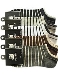 La raie de modèle de coton d'hommes de chaussettes de sport (5 paires, One-Size EUR39-43)