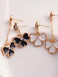Earring Drop Earrings Jewelry Women Wedding / Party / Daily / Casual Alloy / Rhinestone