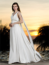 Lanting Bride® A-line Petite / Plus Sizes Wedding Dress - Classic & Timeless Simply Sublime Sweep / Brush Train Halter Georgette with