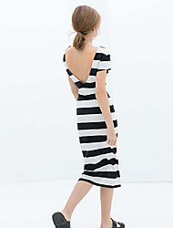 Tiras atractivas de las mujeres de vestir Scatti