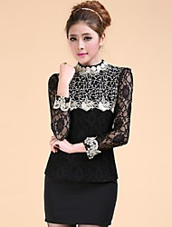 Lady'S Engraving Embroidery Collar Shirt