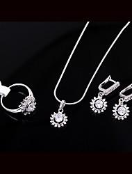 Women's  Fashion Unique Design Like Sun Pendants With Crystal