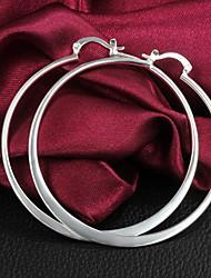 Simples grande círculo de prata brincos de Lucky Boneca Mulheres