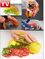 Scoop It Handy Food Litter Pet Ice Bucket