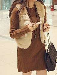 Women's Elegant Faux Fur Pure Color Sleevless Fitted Short Waistcoat