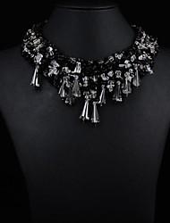 pequeño collar de piedra hecho a mano de las mujeres