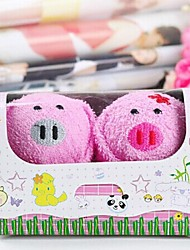 Birthday Gift Pig Shape Fiber Creative Towel (Random Color)(2 PCS/Set)