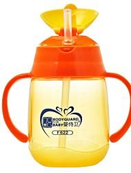 Gobelet d'eau bébé en plastique de haute qualité tasse 250ml de formation de bébé avec poignée