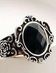 Women's Vintage Carved Black Gem Ring