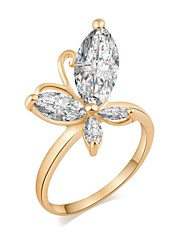 Woman's Fashion Elegant Gold-Plated Clover Crystal Micro Insert Ring