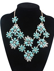 Women's Layers Flowers Cluster Clearance Bib Statement Necklace