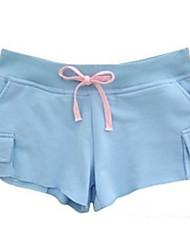 pantalones cortos deportivos patrón elegante azul