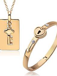 mode chic et signification particulière costumes collier bracelet