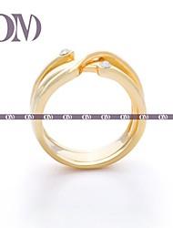 OM® Gold-tone Diagonal Ring Pack