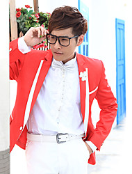 Red&White Solid Slim Fit Tuxedo In Polyester