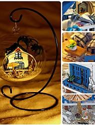 mini diy hölzerner Dollhouse Ägäis Miniatur mit LED-Sprachsteuerung in Glaskugel