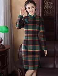 laine vintages des femmes vérifient robe de style chinois