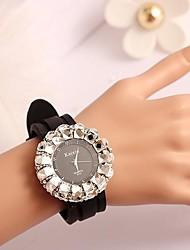 SHANGFEI™ Women's Fashion Round Dial Quartz Watch