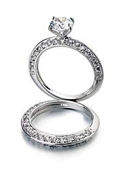 стильный и элегантный двухместный CZ кольцо (больше цветов)
