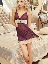 accolades transparentes sexy des femmes jupe mauve