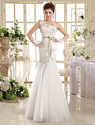 Trumpet / Mermaid Wedding Dress Simply Sublime Floor-length One Shoulder Organza with Appliques Beading Sash / Ribbon