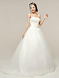 Ball Gown Wedding Dress - White Sweep/Brush Train Scalloped-Edge Organza