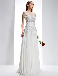Dress - White A-line Bateau / Scalloped Sweep/Brush Train Chiffon / Lace