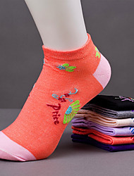 Women's Korea Pattern Cotton Blends Thin Socks(Random Color)