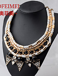 Hand-knit collar exaggerated fake jewels triangle short sweater chain necklace