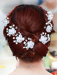 A Diamond Type U Hair Plug Wedding Headpiece