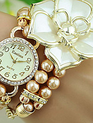 European Style Fashion Pearl Rhinestone Large Lotus Flower Magnet Buckle Fashionable Watches