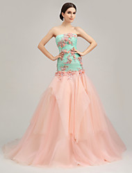 Formal Evening Dress - Color Block Trumpet / Mermaid Strapless Court Train Organza Tulle Charmeuse withFlower(s) Ruffles