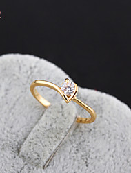 KuNiu Women's High Quality Classic 18K Gold Plated White Zircon Wedding Rings J0321