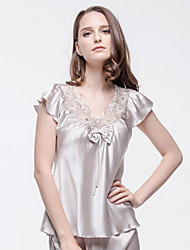Women Elastic Silk Satin Pajama Set with Short Sleeve Top and Pirate Shorts Sliver-grey Silk Laced Negligee
