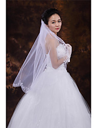 Wedding Veil One-tier Fingertip Veils Cut Edge Tulle White / Ivory / Beige