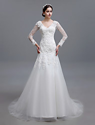 Trumpet/Mermaid Sweep/Brush Train Wedding Dress -V-neck Tulle