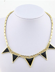 New Arrival Fashional Hot Selling Simple Geometric Triangle Necklace