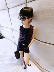 Girl's  Round Neck Sleeveless T-Shirt + Leisure Suit Pants  Clothing Sets
