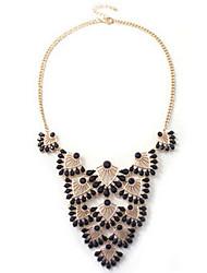 New Arrival Fashional Hot Selling Popular Retro Geometric Gem Necklace