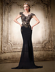 Formal Evening Dress Trumpet / Mermaid V-neck Floor-length Chiffon / Lace with Lace