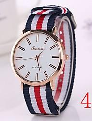 новые приходят женщины одеваются наручные часы старинные часы кварца браслета кварцевые наручные часы 2015