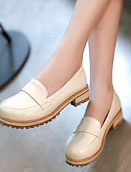 Zapatos de mujer - Tacón Bajo - Punta Redonda - Mocasines - Oficina y Trabajo / Vestido / Casual - Semicuero - Negro / Morado / Beige