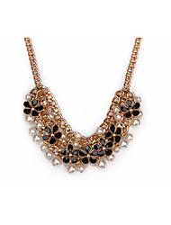 The golden light small sweet wind short necklace