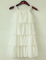 Sheath/Column Knee-length Flower Girl Dress - Chiffon/Lace Sleeveless