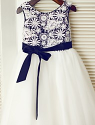 A-line Tea-length Flower Girl Dress - Lace / Satin / Tulle Sleeveless Scoop with