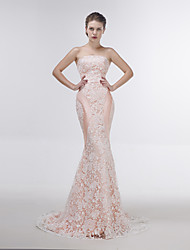 Dress Trumpet / Mermaid Strapless Sweep / Brush Train Lace with Lace